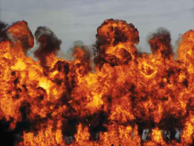 171-0608142036-apocalypse-now-napalm-flames